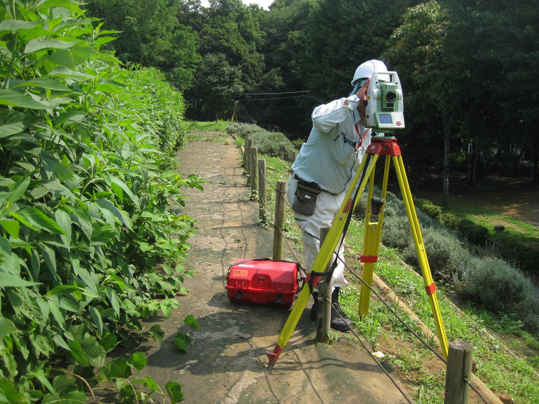 戸山公園現況測量のイメージ画像