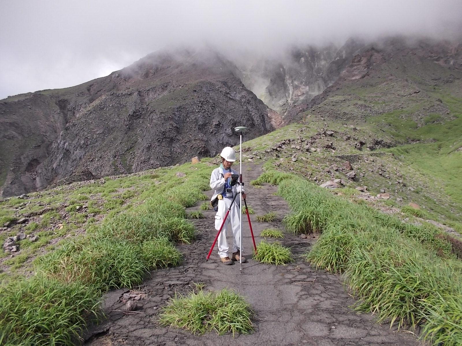 47火山観測整備に伴う用地測量業務(福岡管区)のイメージ画像